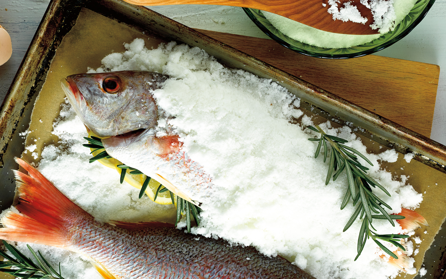 Salt crusted fish recipe st louis photographer for Saltwater fish food